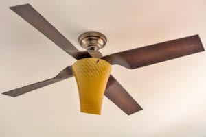 light with fan on ceiling